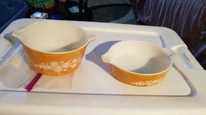 2 pyrex Corning bowls for Sale in Philadelphia, PA