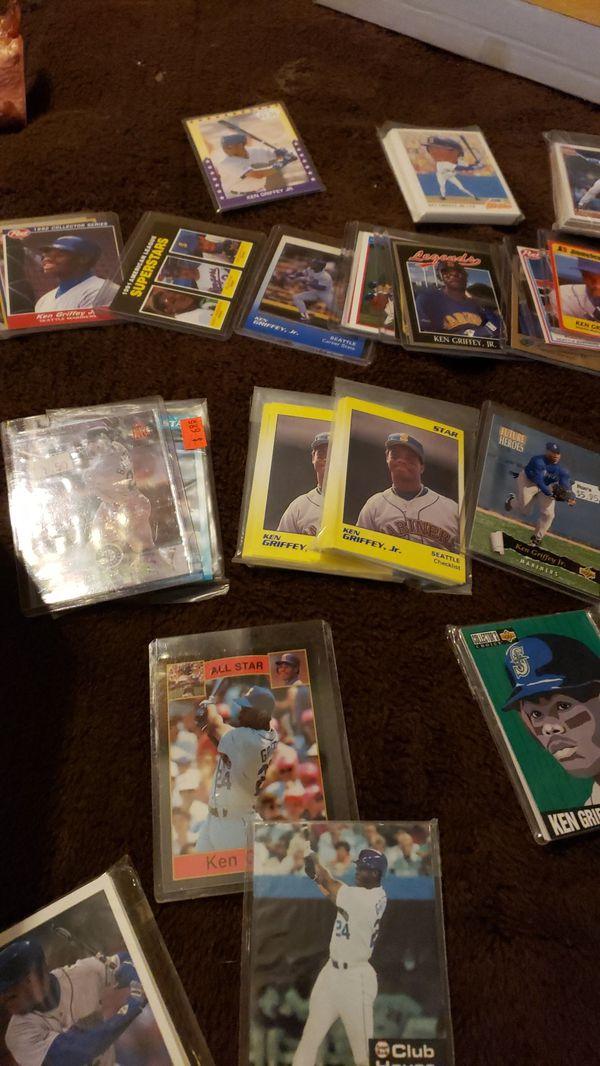 2000 Ken Griffey jr Baseball card Collection