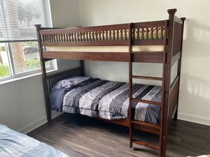Twin bunk bed / camarote with mattress for Sale in Miami, FL