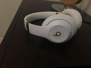 Brand new beats studio 3 for Sale in Hialeah, FL
