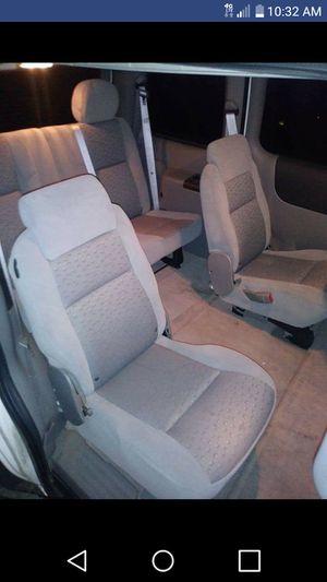 08 Chevy uplander minivan for Sale in Chicago, IL