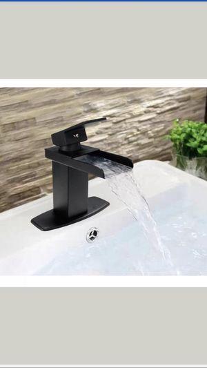 Set of 2 Brand New faucets oil bronzed black Llave de baño for Sale in Miami, FL