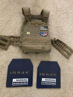 Weight Vest-TACTEC PLATE CARRIER w/ Rogue Fitness 20 lbs Plates ($180) for Sale in Arlington, VA