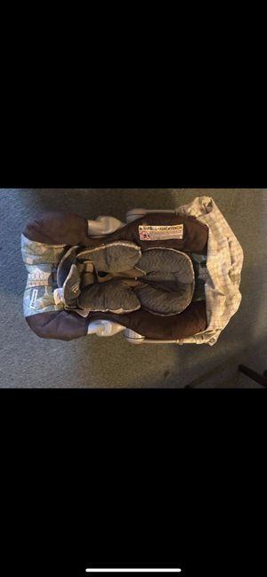 Set Car seat and coche Graco for Sale in Hazleton, PA