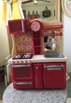 American girl doll kitchen if you want to make an offer I am open for Sale in Phoenix, AZ