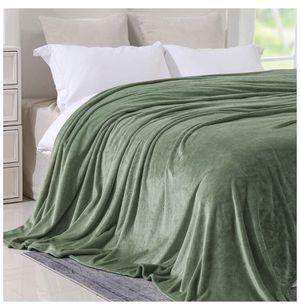 Blanket ×2 & bathmat ×2 for Sale in Reston, VA