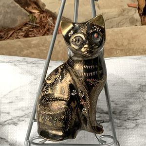 vintage Brass Hand Painted/Etched Oriental Design Cat Figurine for Sale in Choctaw, OK