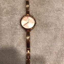beautiful Rose Gold Michael Kors Watch Never Worn for Sale in Woodinville,  WA