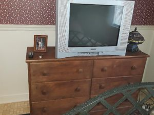 Working SONY TV free if you pick up (from street) for Sale in Atlantic Beach, NC