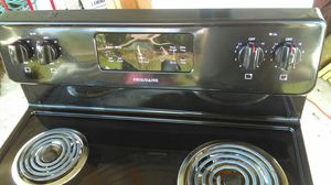 Electric stove for Sale in Frostproof, FL