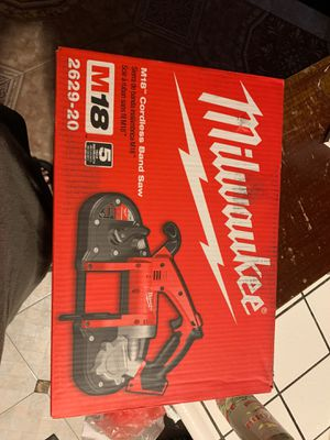 Milwaukee M18 Cordless Band Saw for Sale in Bakersfield, CA
