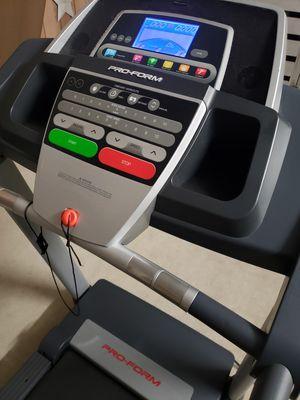 Treadmill (Pro-Form 505cst) for Sale in Miami, FL