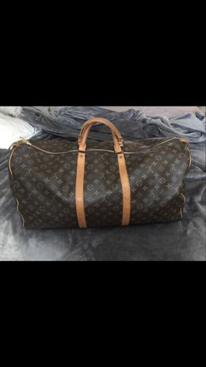 Auth LV travel duffle bag 60 for Sale in Cutler Bay, FL