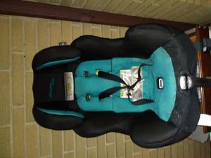 Baby seat for cars for Sale in Oak Lawn, IL