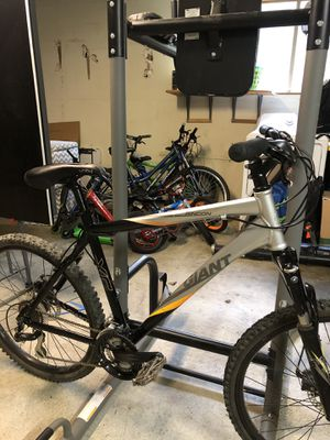 GIANT Rincon hardtail Mountain Bike for Sale in Tacoma, WA