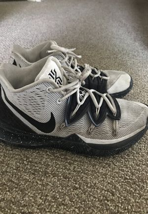 Nike Kyrie 5 Black and White Size 8 for Sale in Southbridge, MA