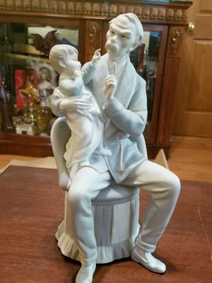 LLADRO GRANDFATHER FIGURINE #4654 for Sale in Chicago, IL