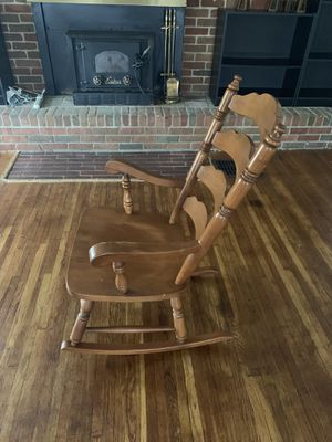 Rocking chair antique for Sale in Columbus, OH
