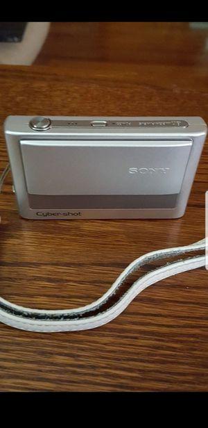 Sony Cyber-shot DSC-T20 8.1 MP digital camera for Sale in Houston, TX
