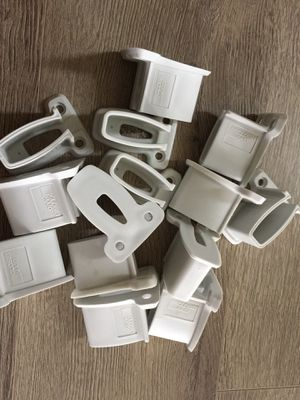 Closet maid Wall Brackets lot of 15 for $15 for Sale in Auburn, WA