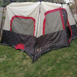 Coleman Instant Tent 8 Persons for Sale in Glendale, AZ