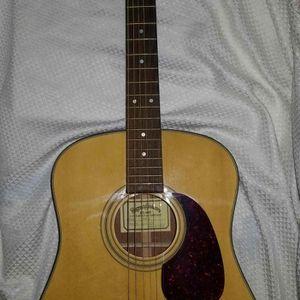 Vintage C. F. Martin Sigma DM2 DM-2 RH Acoustic Guitar w hard case Mint - for Sale in Alexandria, VA
