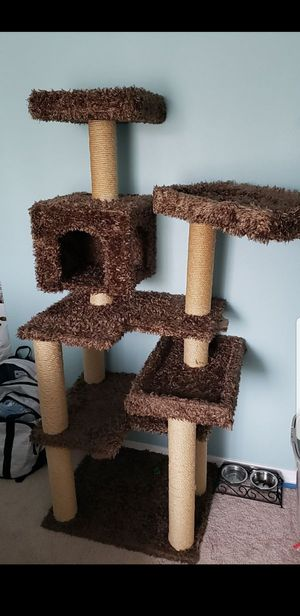 Cat tree for Sale in Spanaway, WA