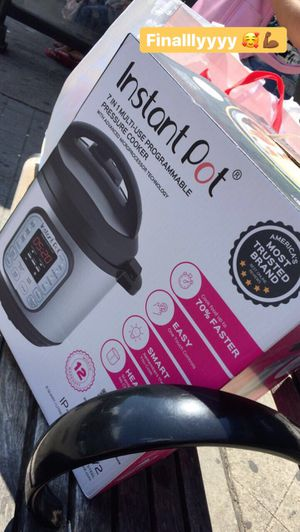 Instant Crock pot for Sale in New Rochelle, NY