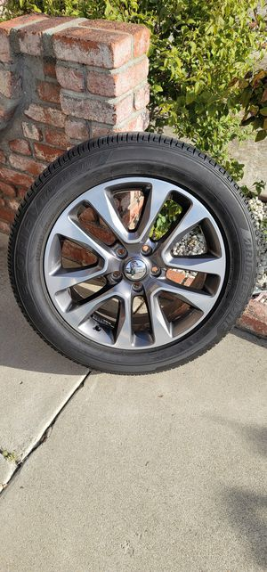 Jeep Cherokee tires and rim's 265/ 50 R 20 Bridgestone Ecopia H/L 422 plus for Sale in Union City, CA