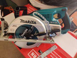 "Makita rear handle 7 1/4 "" circular saw for Sale in Escondido, CA"