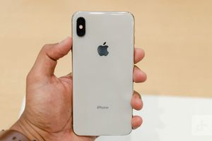 iPhone X (256gb) Comes With Charger and 1 Month Warranty for Sale in VA, US