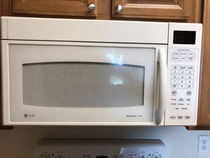 Stove and microwave range for Sale in Kissimmee, FL