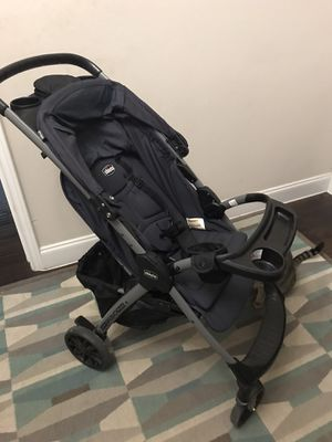 Chicco Mini Bravo Plus stroller for Sale in San Antonio, TX