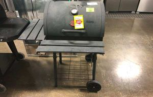 Char-Griller Charcoal Grill C K3 for Sale in Dallas, TX