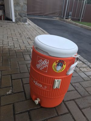 Water cooler - 5 Gallons (Brand NEW. Never used) for Sale in New Rochelle, NY