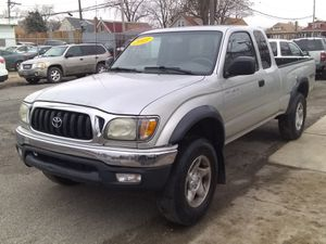 03 TOYOTA TACOMA PRERUNNER XTRACAB V6 2WD (FINANCING AVAILABLE) for Sale in Chicago, IL