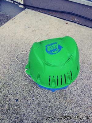 Chlorine frog with refill. for Sale in Lakewood, WA