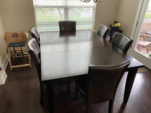 Dining room table for Sale in Williamsburg, MI