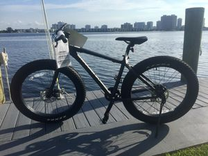 FAT TIRE MOUNTAIN BIKE 100% ALUMINUM for Sale in Miami Gardens, FL