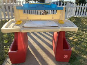 Fisher price Kids desk for Sale in Artesia, CA
