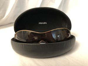 PRADA PR58IS Women's sunglasses for Sale in West Springfield, VA