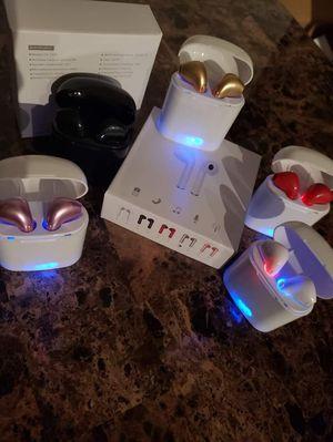 bluetooth wireless headphones for Sale in Austin, TX