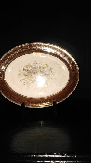Century by Salem ,made in USA ,warrented,23 it encrusted gold platter. for Sale in Gerber, CA