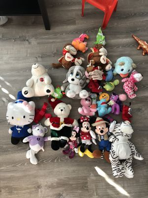 BUNDLE OF PLUSHIES for Sale in San Diego, CA