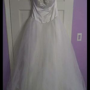 15s Dress / White Quinceanera Dress / Quince Dress for Sale in Miami, FL