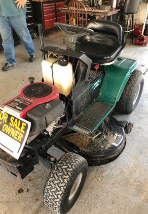Lawn tractor runs good for Sale in Oak Lawn, IL