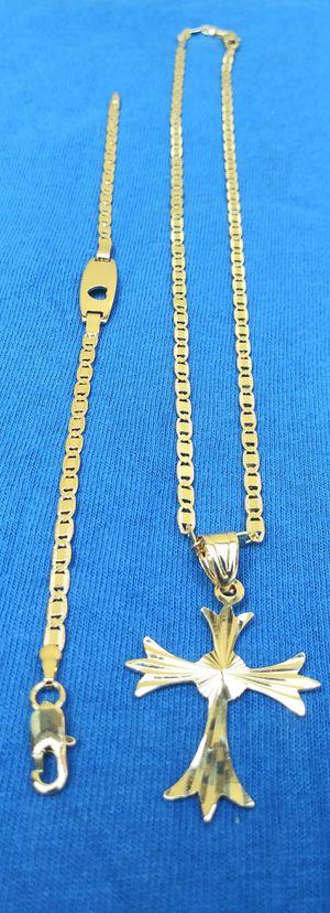 🚗🚗I deliver...I ship....$60 22'18kt Gold filled 💖📿chain charm and bracelet wont fade nor tarnish 🚕🚕🚕 for Sale in Fort Lauderdale, FL