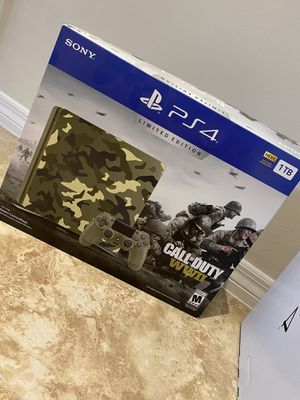 PS4 console WWII limited edition for Sale in Miami Springs, FL