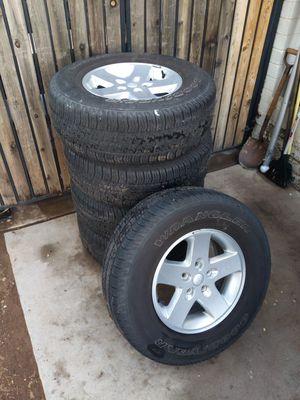 Jeep wheels 17 inch for Sale in Phoenix, AZ