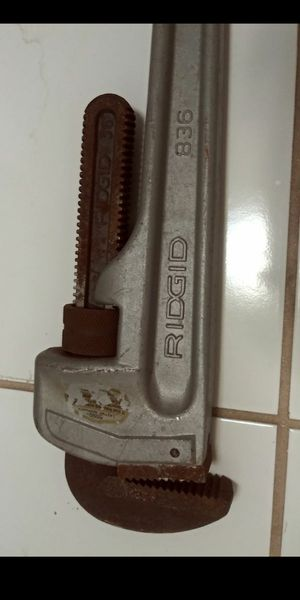 "Ridgid 36"" 836 Aluminum HD Pipe Wrench for Sale in Southwest Ranches, FL"
